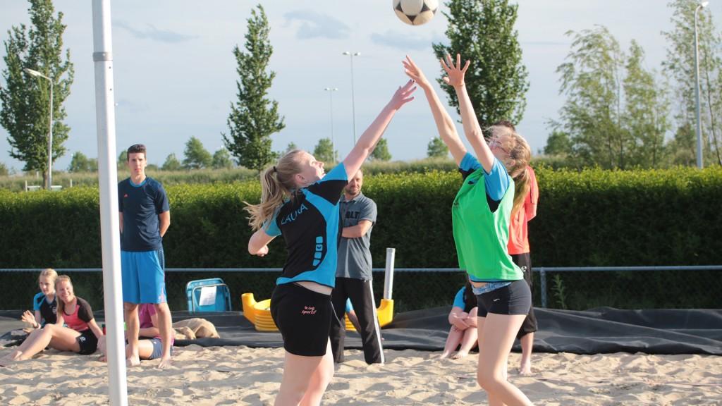 Beachkorfbal geslaagde seizoensafsluiter